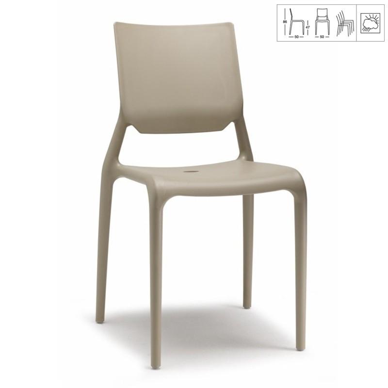 chaise grise clair